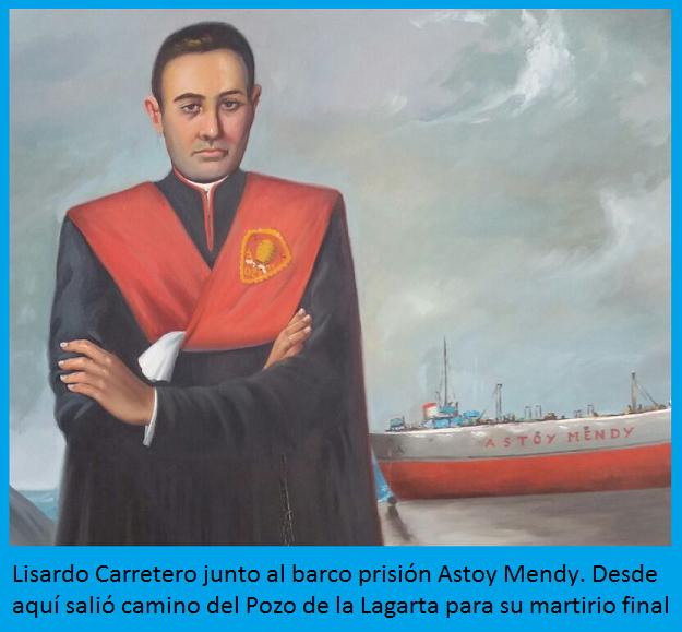 Lisardo Carretero junto al Astoy Mendy, barco prisión desde donde salio camino del martirio final en el pozo de La Lagarta